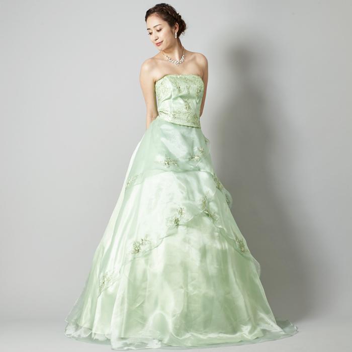 温かい季節の二次会には爽やかミントカラーのドレス