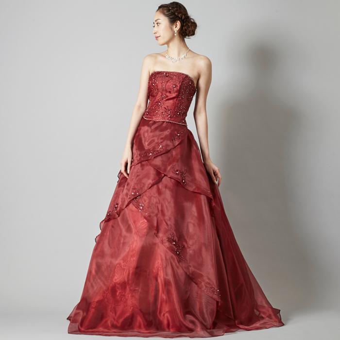 女性からの支持が絶大のワインカラードレス