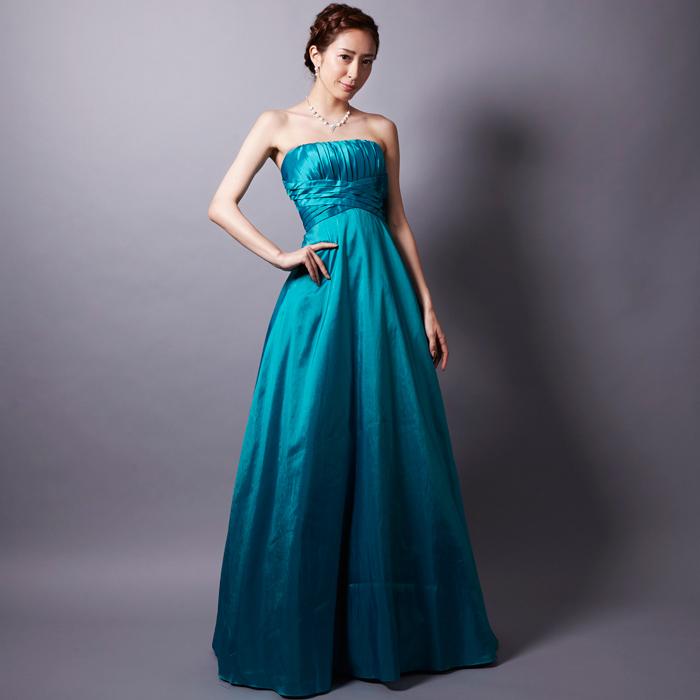 春から夏にかけて演奏会で大活躍の爽やかなエメラルドグリーンのドレス