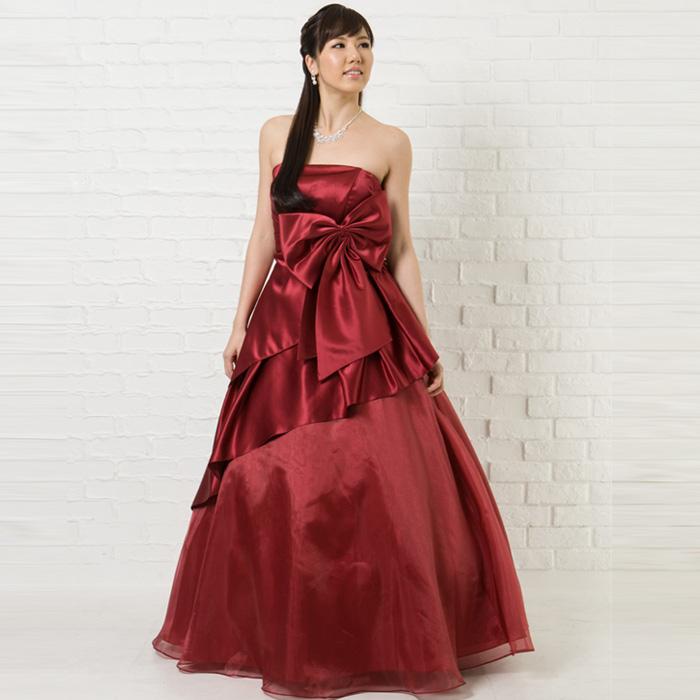 クリスマスシーズンの演奏会には特に人気のワインレッドカラーのドレス