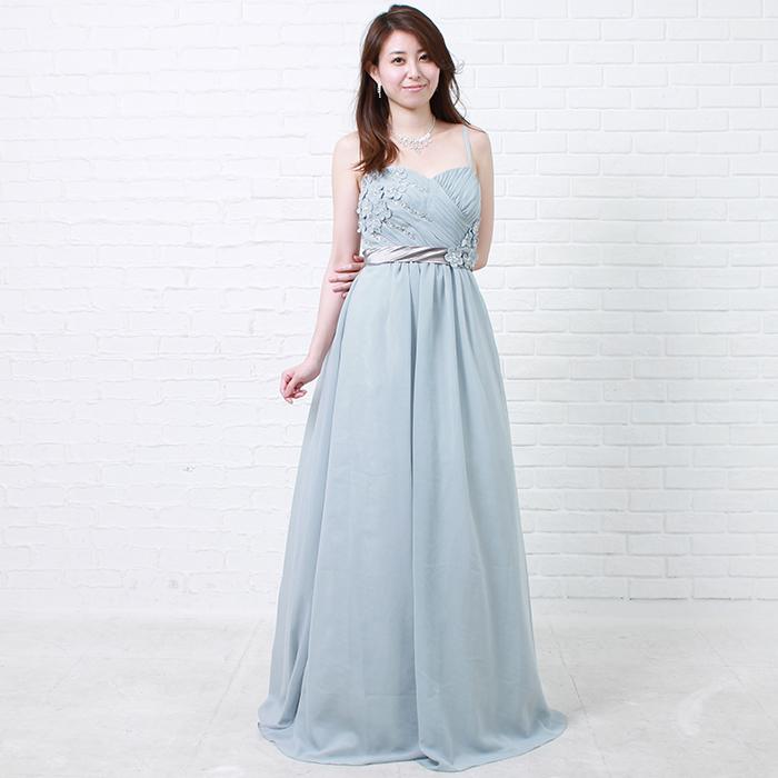グレーカラーの品のある美しさを表現してくれるカラードレス