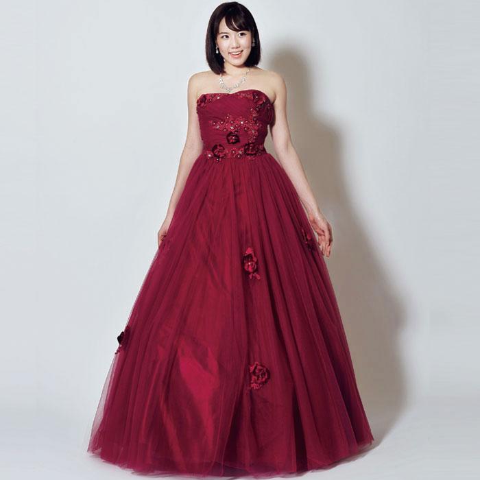 落ちつきのある熟成されたワインのような大人のフラワーモチーフカラードレス