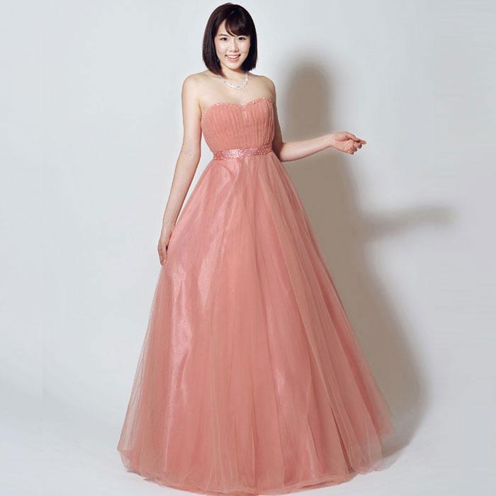 お姫様のようなキュートなピンクカラーのコンサート向けロングドレス