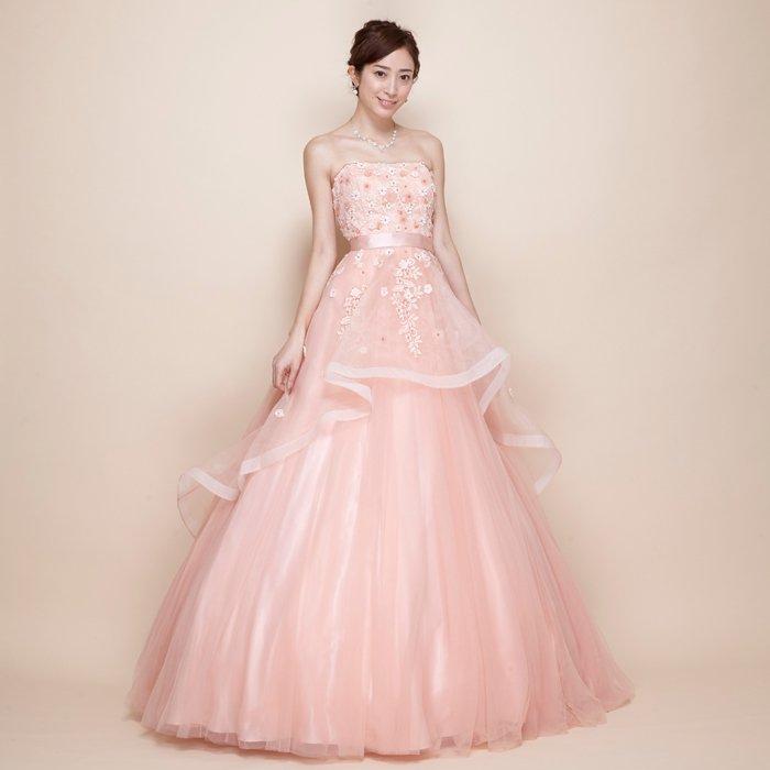 桜が舞い散ったようなピンクボリュームロングドレス