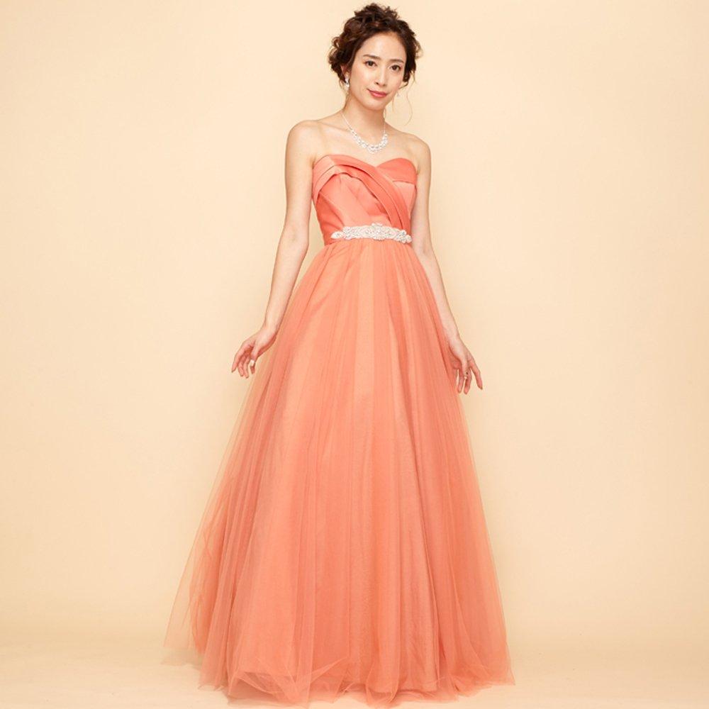 優しい雰囲気をステージ上で演出してくれるサテンビジューベルトのオレンジカラードレス