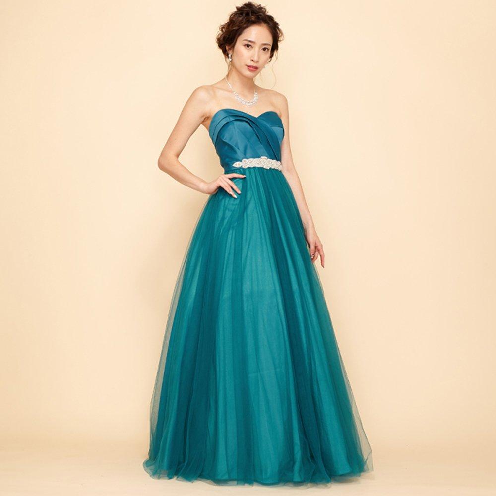 夏の演奏会に相応しい透明感を感じさせるエメラルドカラーのロングドレス