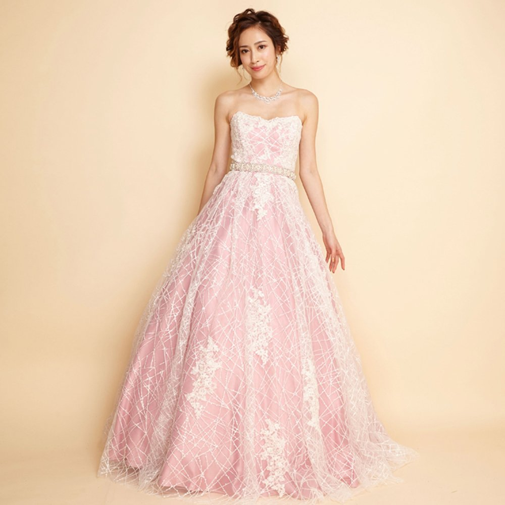 結婚式や演奏会にオススメ!モチーフレースのキュートなピンクカラーロングドレス