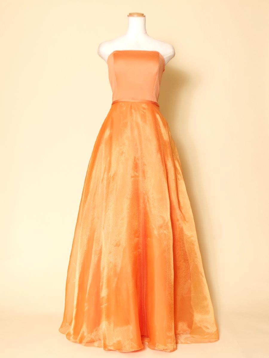 【アウトレット商品】表情を明るく元気に魅せてくれるオレンジカラーのスレンダーなオーガンジードレス