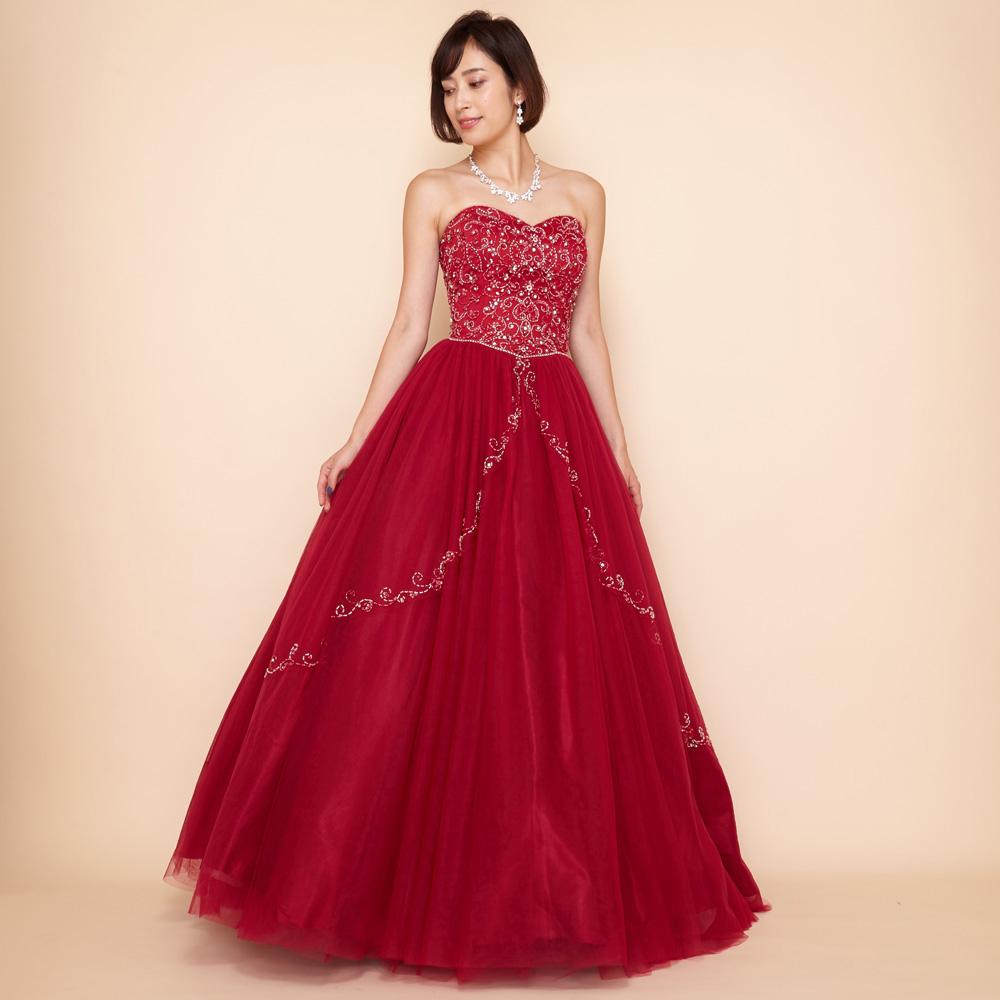 プリンセスのようなボリューム感のドレープが美しいローズレッドドレス