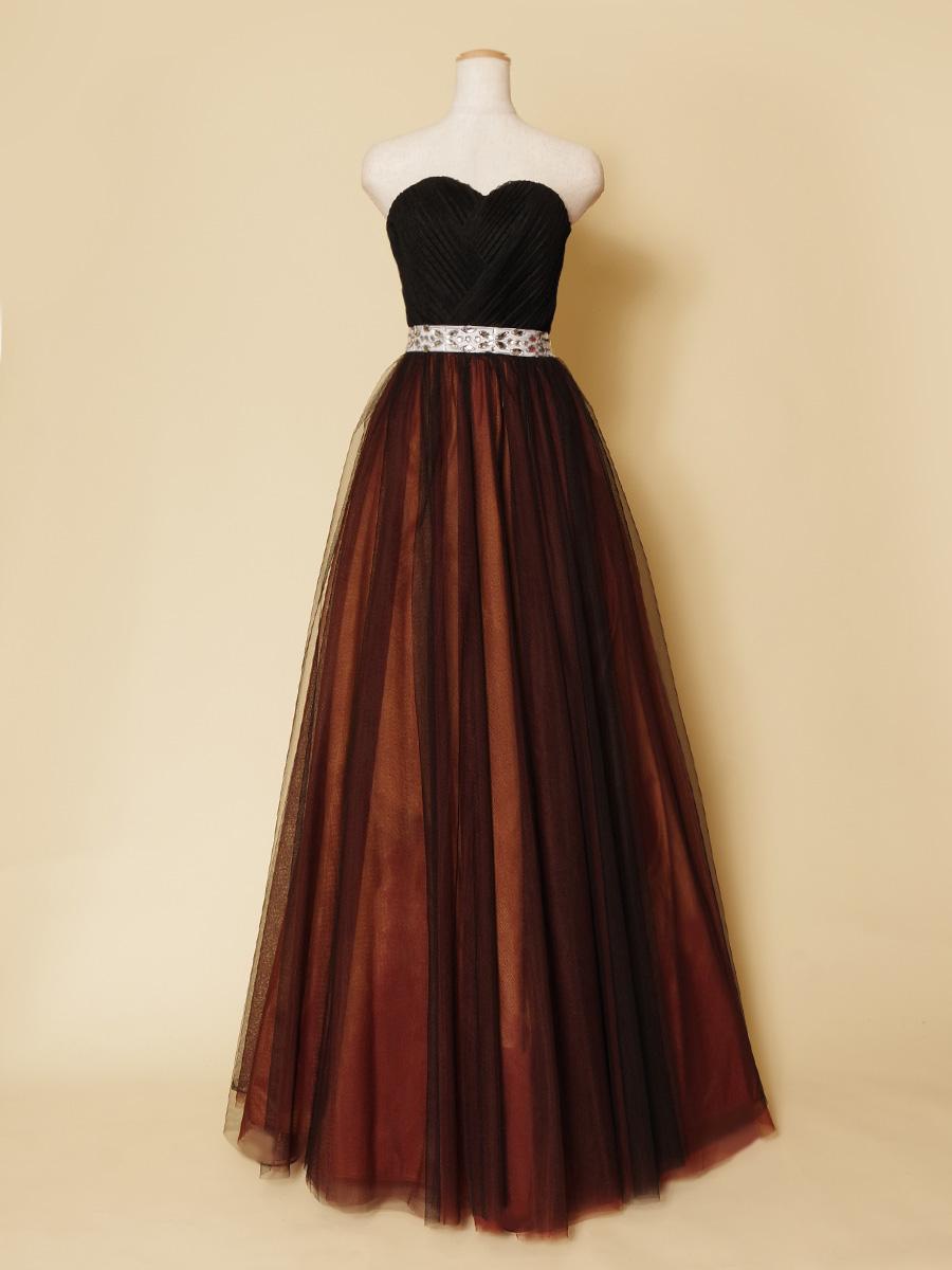 おしゃれでシックな色合いのブラック&ブラウンカラーチュールドレス