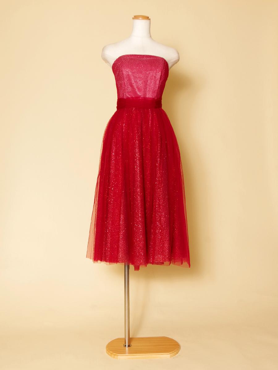 色気たっぷりでセクシーなゴージャス感溢れるミディ丈ドレス