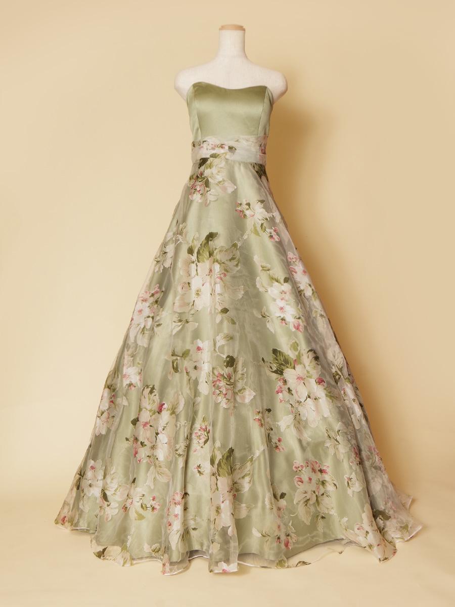 お洒落なガーデンみたい!装いのエレガントフラワーオーガンジードレス
