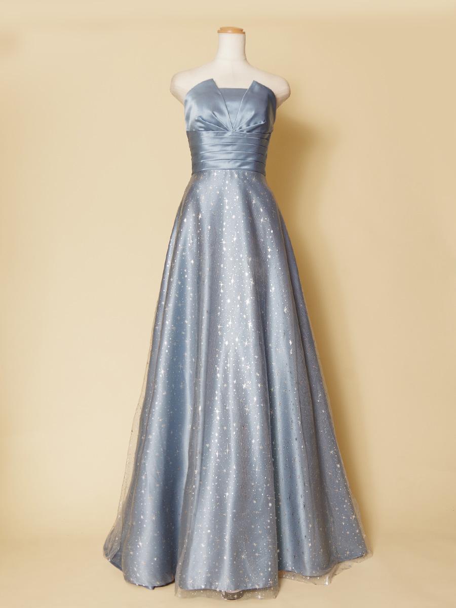 胸元エッジデザインの星のモチーフ生地を使用したスモークブルーの演奏会ドレス