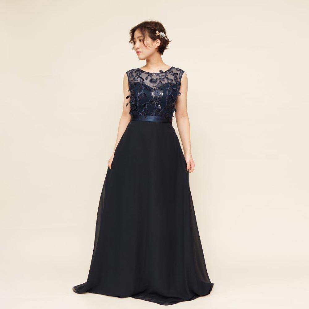 濃厚なネイビーカラーのピアノ伴奏やオーケストラ衣装にオススメなスリーブドレス