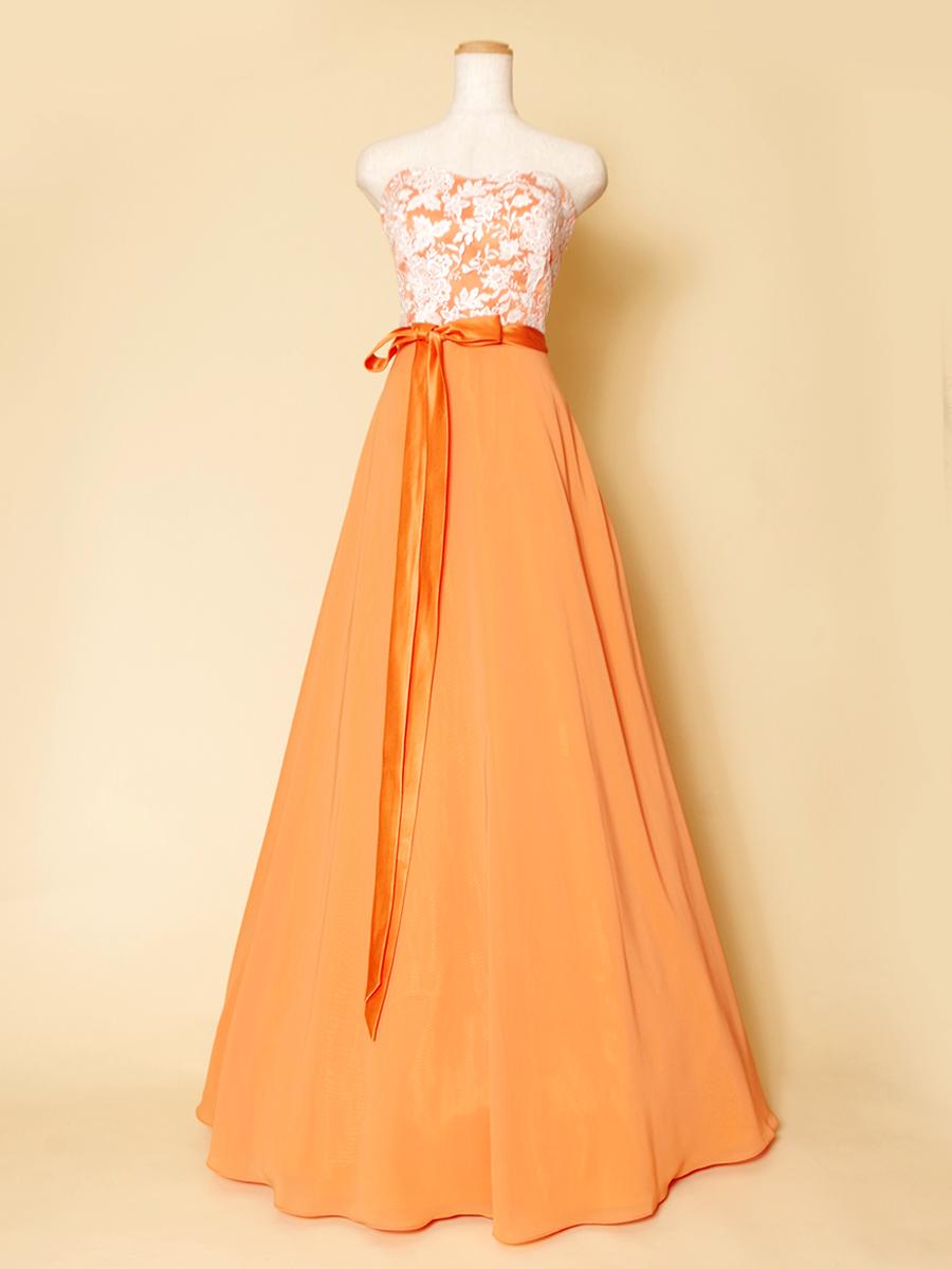 オレンジカラーとホワイトレースの組み合わせが可愛いリボンデザインカラードレス