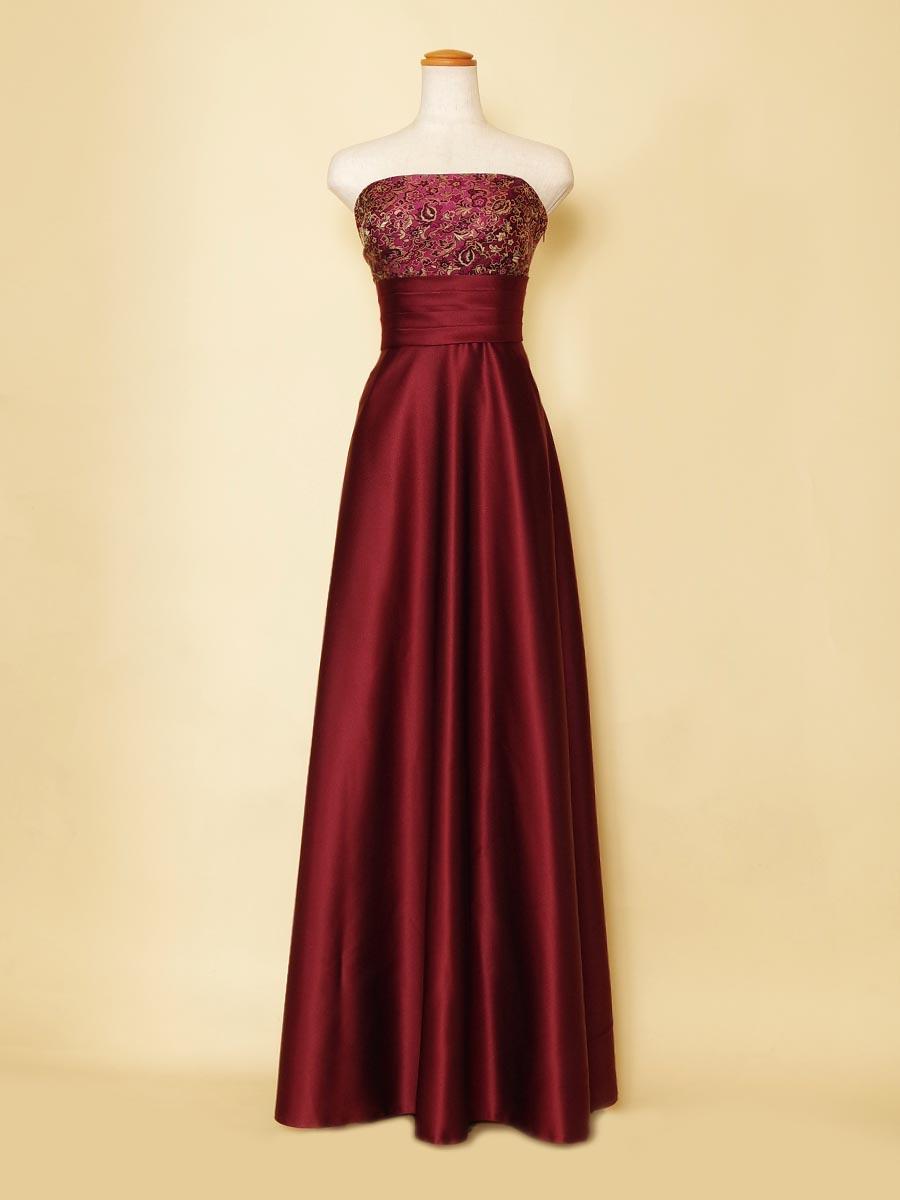 胸元ジャガードデザインのスレンダーなAラインスタイルのワインレッドカラードレス