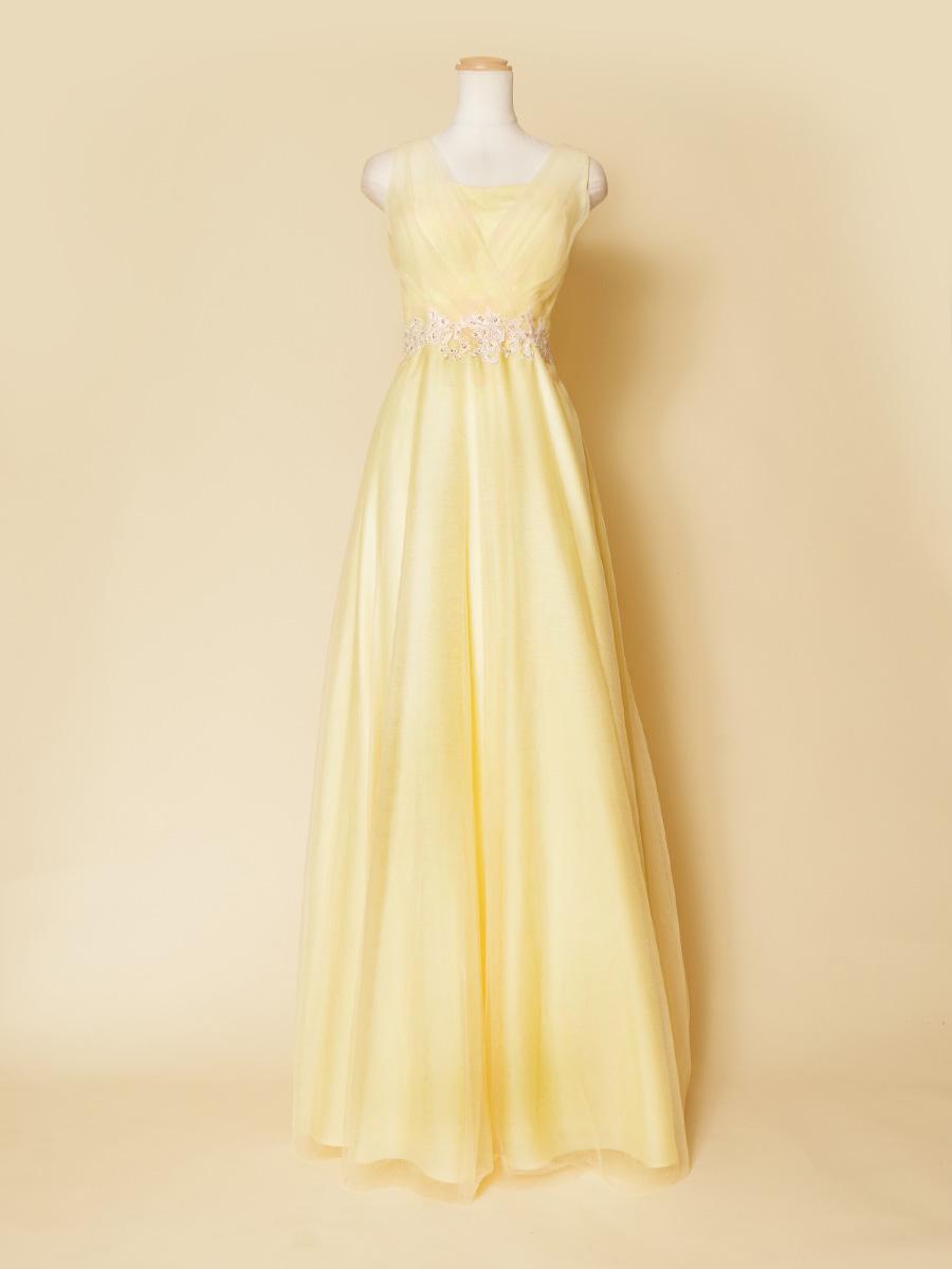 ライトイエローの透明感のあるライトな印象の袖付演奏会カラードレス