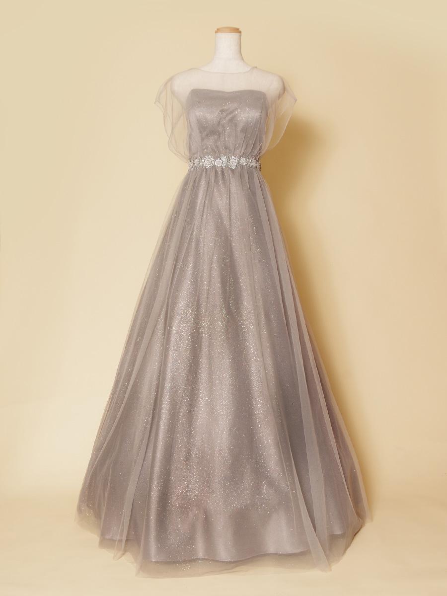 薄手のチュール袖が柔らかな雰囲気を表現したライトシルバーの演奏向けロングドレス