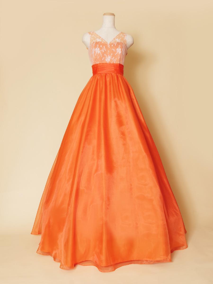 明るさ満点の元気なオレンジカラーをメインに使用した肩袖取り外し可能の2wayカラードレス