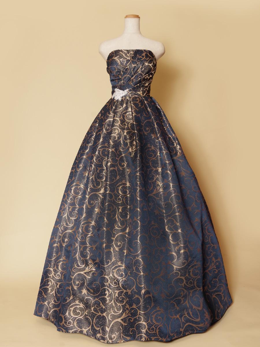 大人カッコイイ雰囲気をかもし出してくれるゴールドネイビーの柄ものステージドレス
