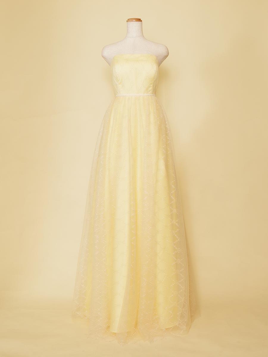 ソフトなカラーリングのシャンパンイエローの薄っすらした刺繍デザインがお洒落なロングドレス