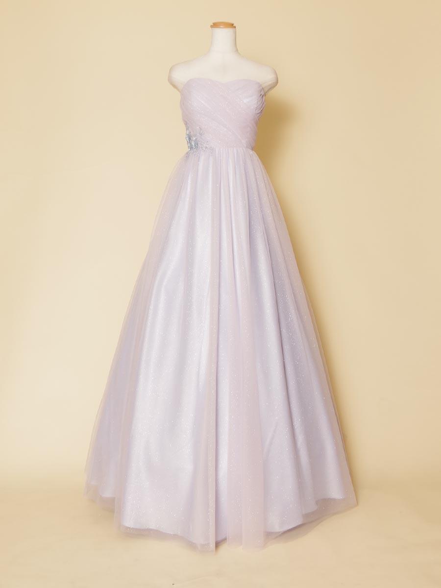 クリアで透き通るパステルラベンダーカラーの大人しめの色合いがキュートなボリュームロングドレス