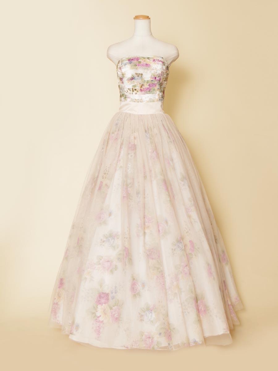 優しく幻想的な透明感のある春らしさを表現した花柄プリント生地を全体に使った可愛らしい演奏会ドレス