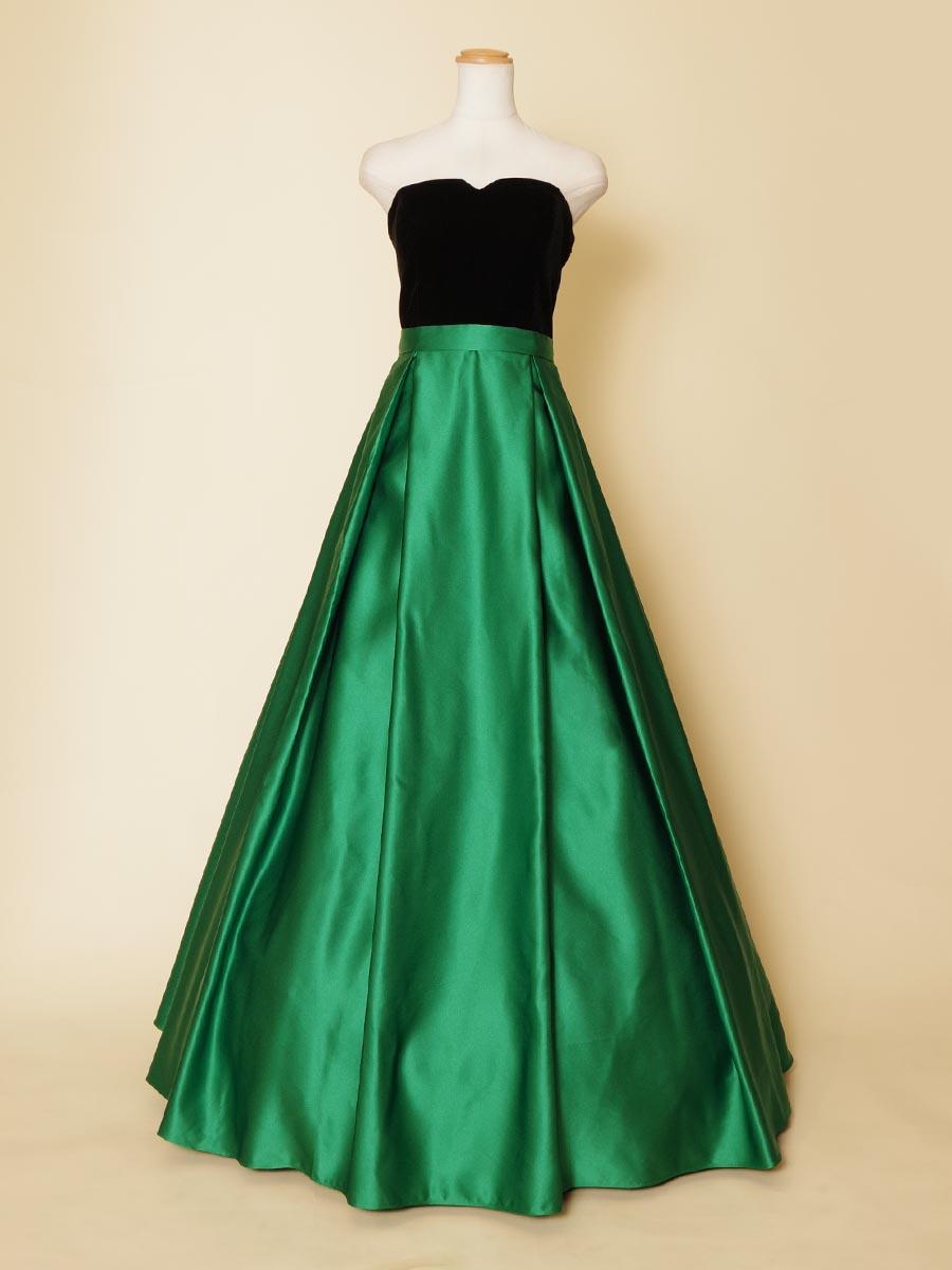 ブラックベルベット×グリーンサテンの2カラーを組み合わせたステージロングドレス