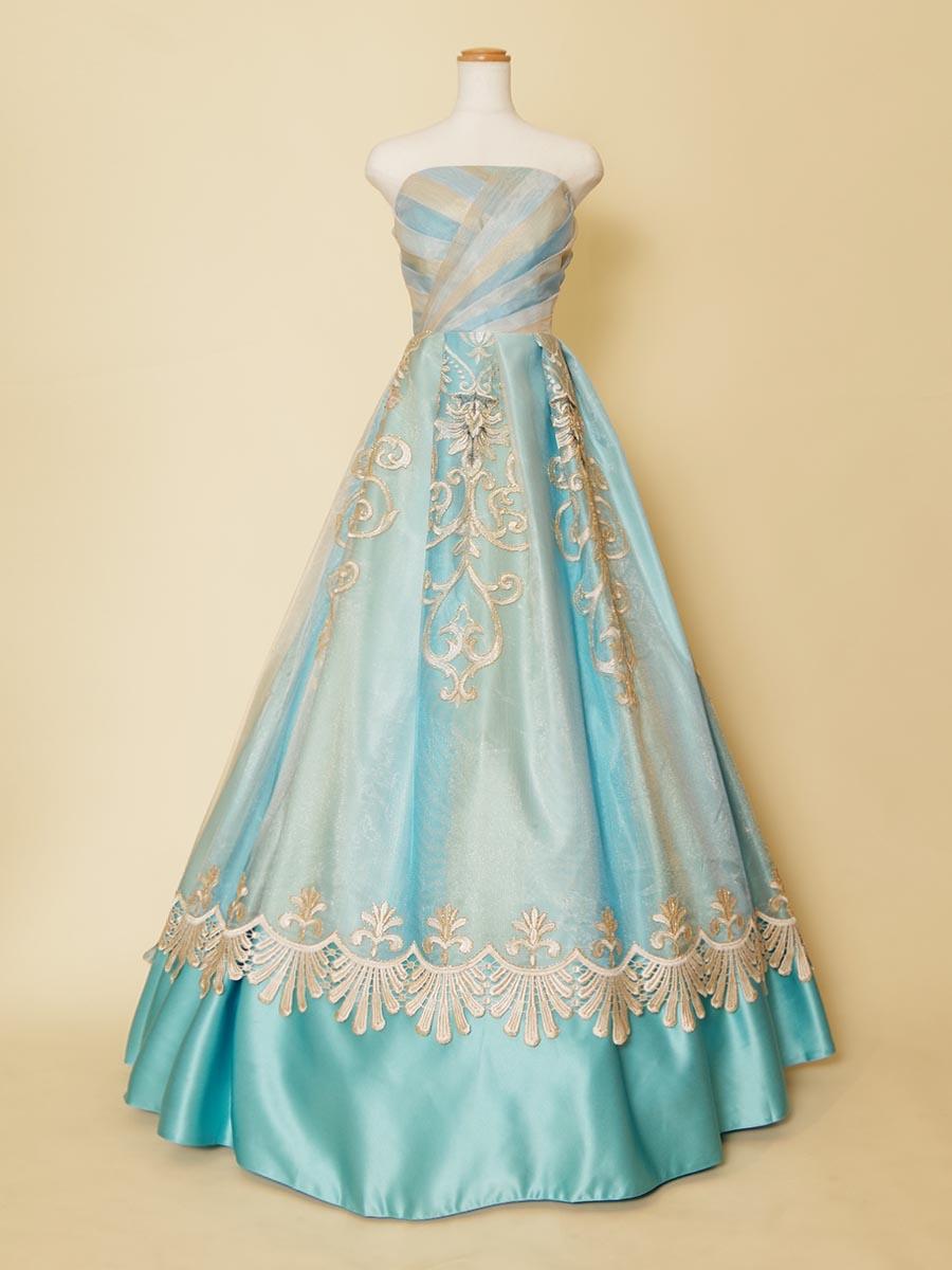 水色サテン×クラシカル刺繍チュールがゴージャスなリサイタルコンサート向きロングドレス