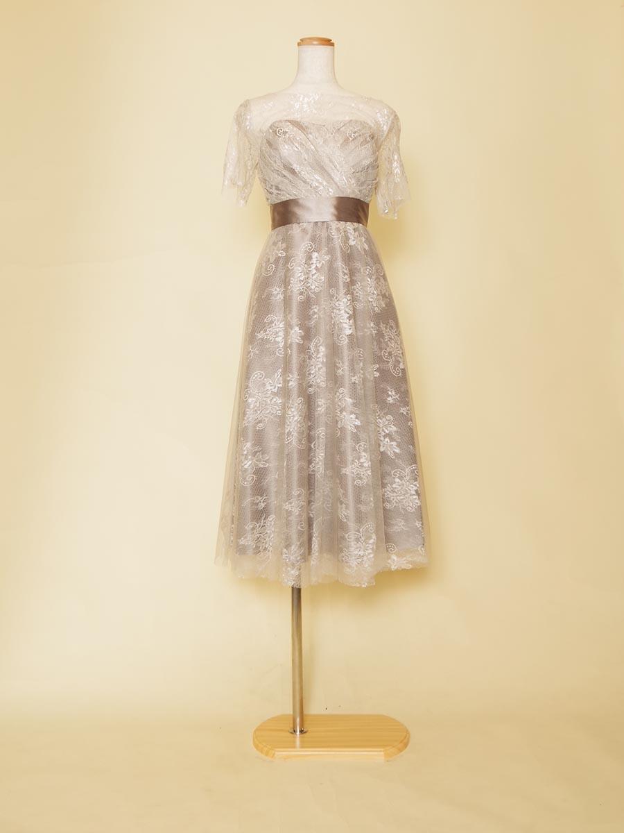 室内演奏にオススメのグレーレース袖が大人っぽいカジュアルなショート丈ドレス