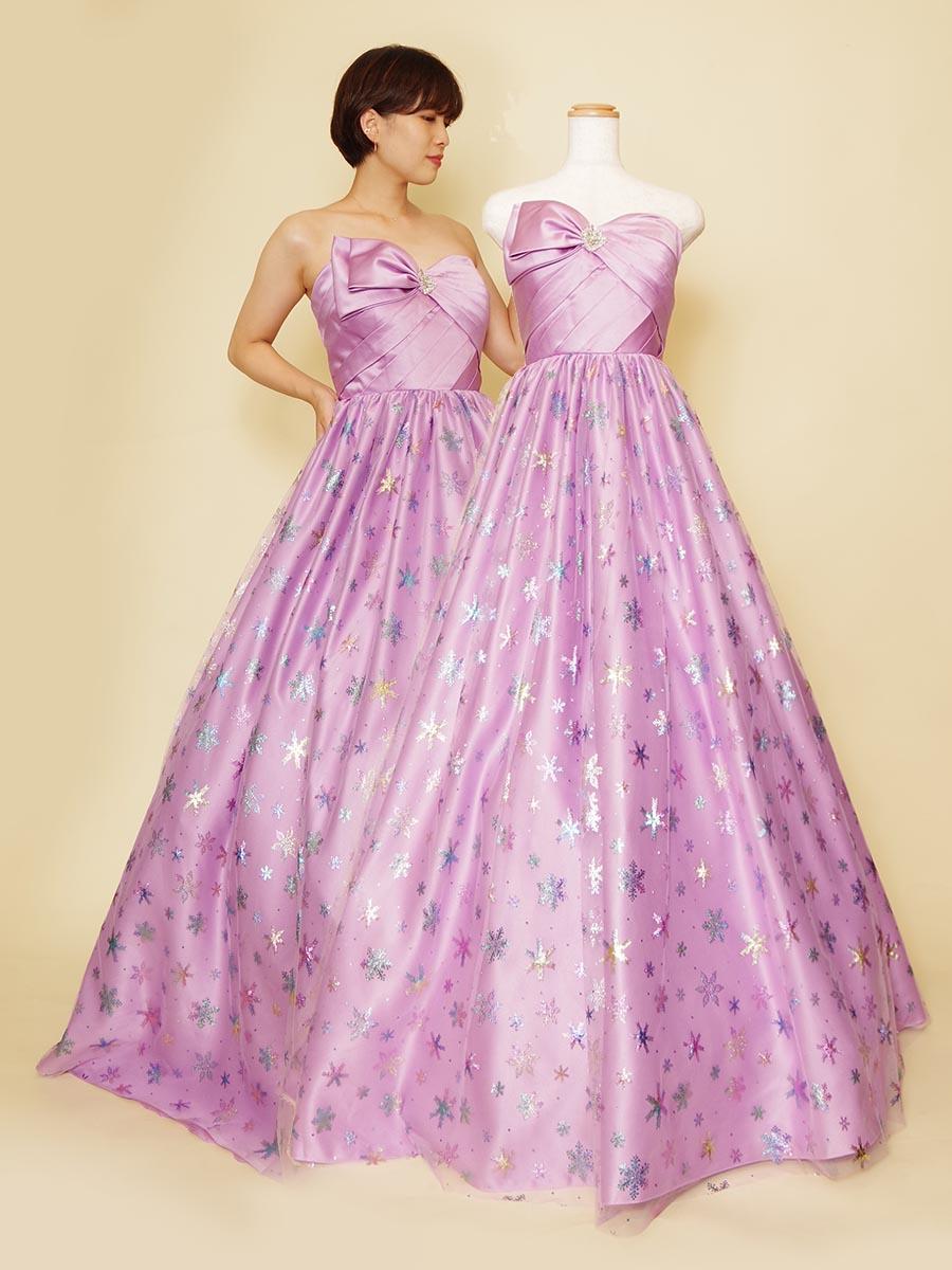 パステルパープルの色合いが可愛らしさ満点の彩り豊かなグリッターを使ったステージカラードレス