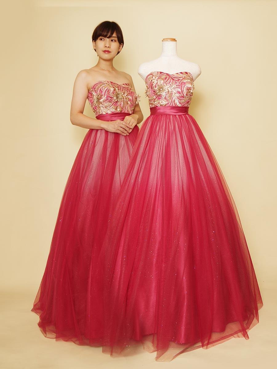 ゴールドの装飾が華やかなアジアンテイストの赤のグラーデーションカラードレス