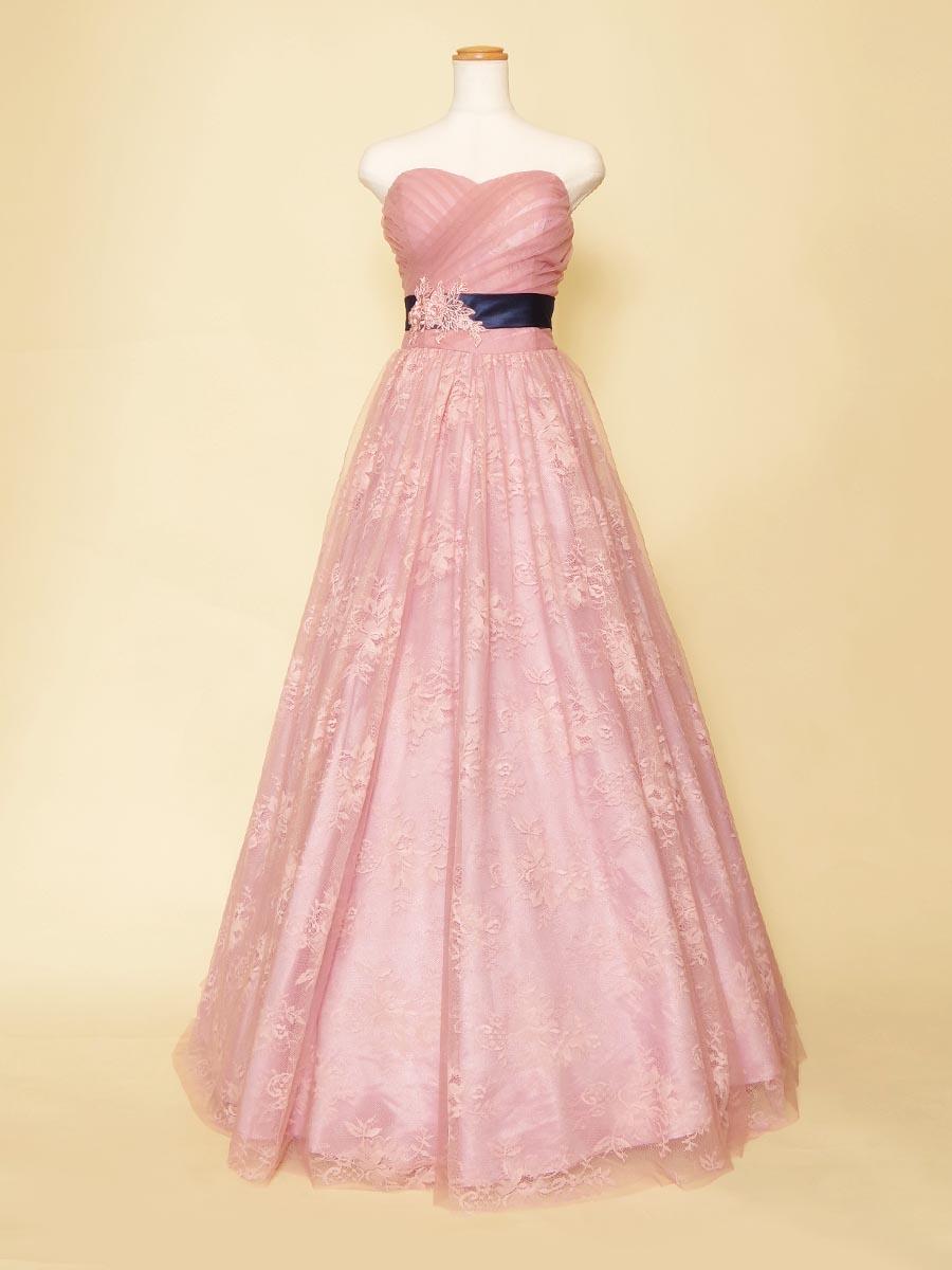 ピンク花柄の総レースが可愛らしいネイビーウエストリボンロングドレス