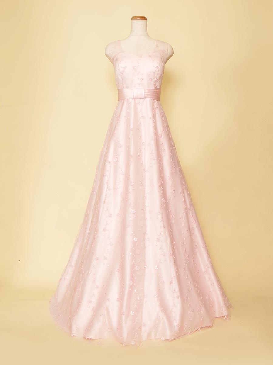 演奏初心者の方におすすめのリボン×チュールが可愛らしさを演出する肩袖付きドレス