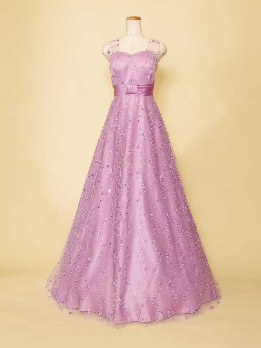 ライトパープルの小花の刺繍が可愛らしいふんわりチュールの袖付きドレス