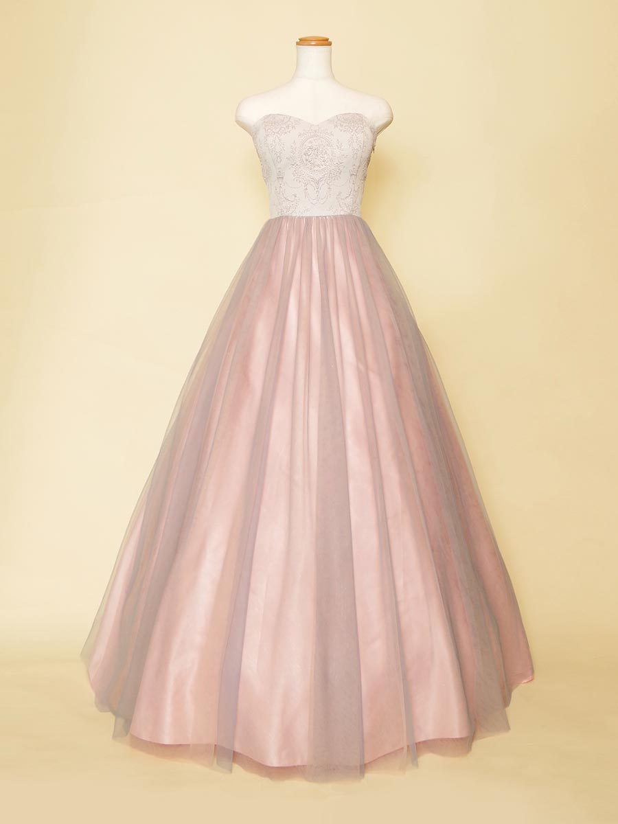ダスティーローズピンクスカートと胸元バロック風デザインがオシャレなステージボリュームドレス