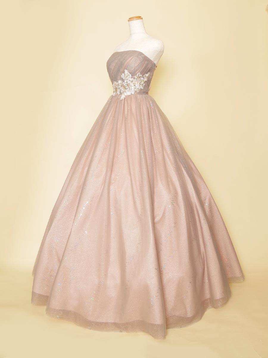 ピンクパープルのキラキラチュールとお花刺繍が可愛らしさを演出するステージドレス