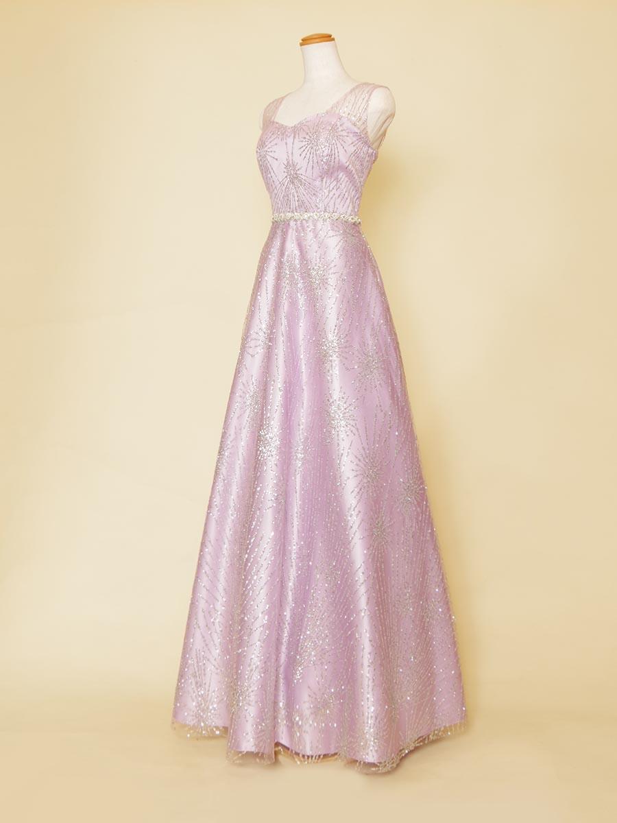 パープルカラー×シルバーグリッターが煌びやかで透明感を感じさせる肩袖付きスレンダーロングドレス