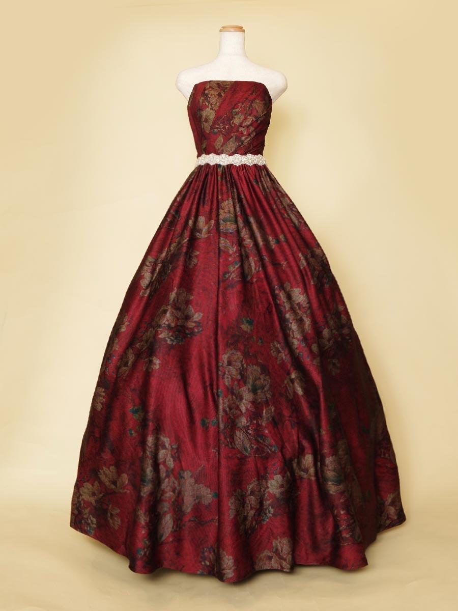 ディープレッドカラーのフラワープリント生地のクラシカルデザインステージドレス