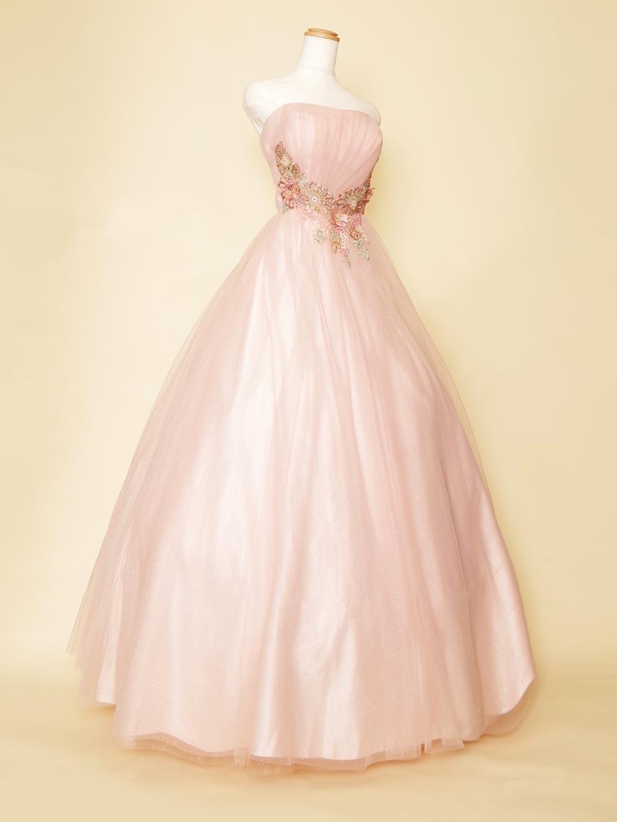 パステルピンクチュールが柔らかくキュートなウエスト刺繍デザインのふんわり演奏会ボリュームドレス
