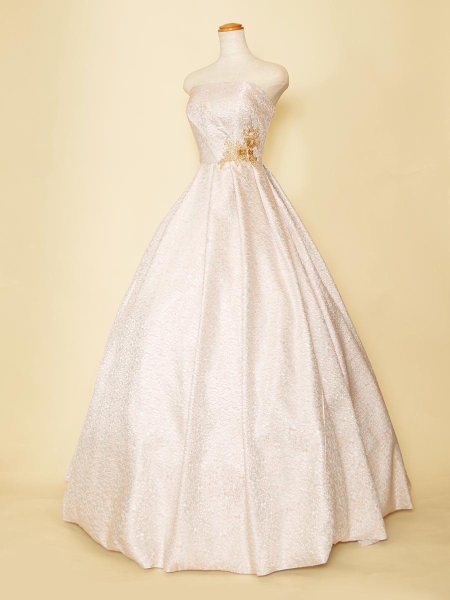 ライトピンクの細かな花柄模様を刺繍生地に刺繍したまろやかな雰囲気のボリュームロングドレス