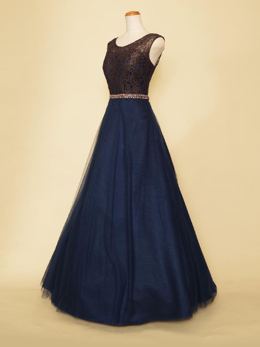 お呼ばれドレスにもオススメ!ゴールドのお花レースがラグジュアリーなネイビーカラーの肩袖付きドレス