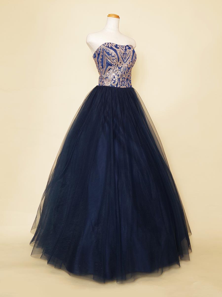 バレリーナ風!ロイヤルブルーが華やかな胸元グリッター刺繍ドレス