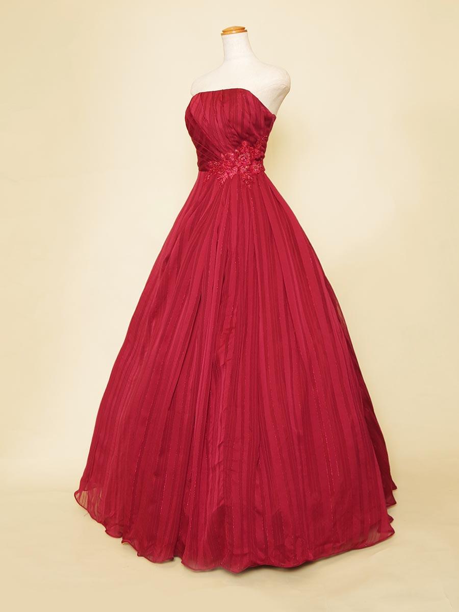 ストライプデザインのワインレッドカラーボリュームスカートロングドレス
