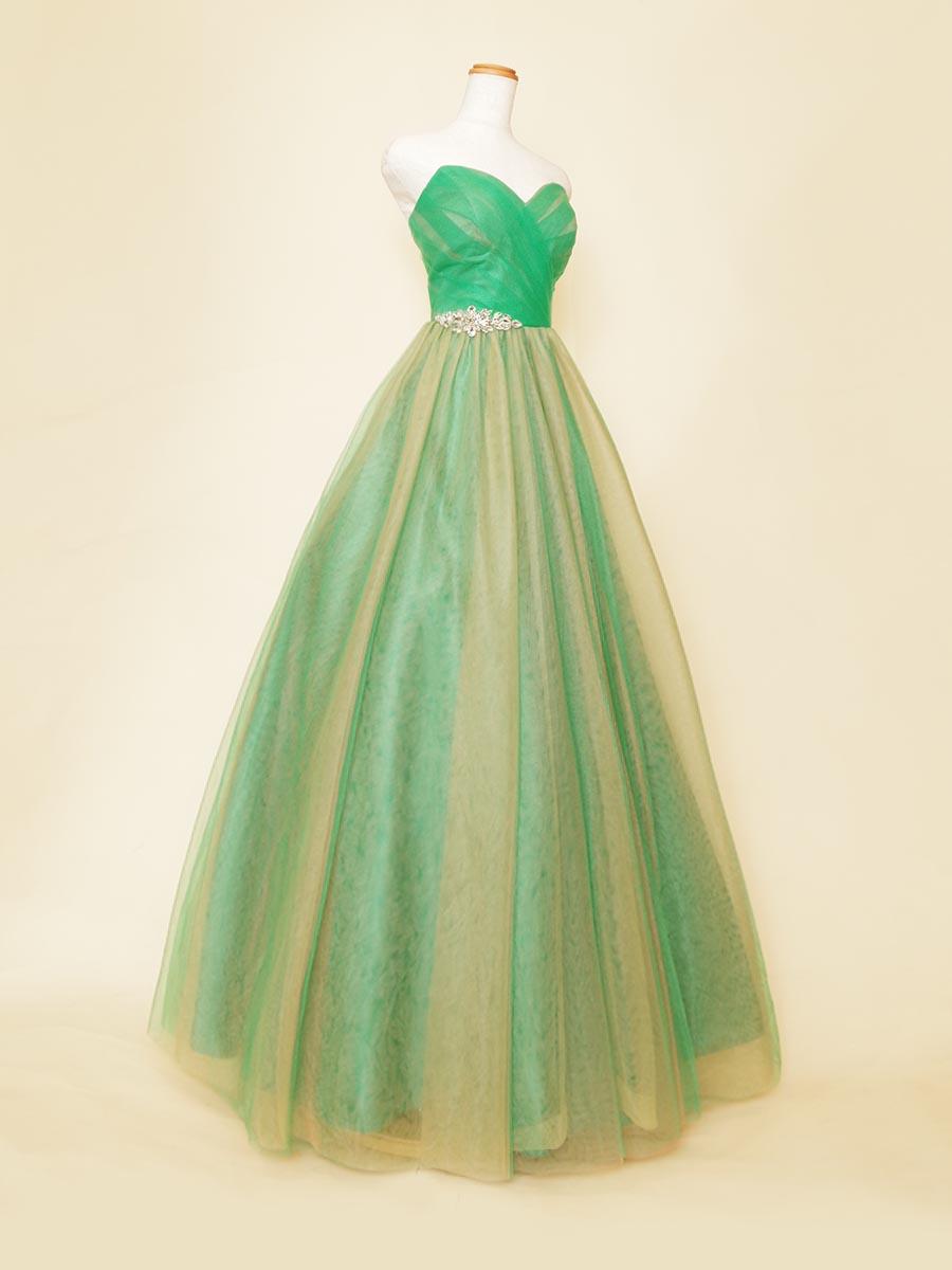 グリーンベースにピンク×イエローのカラーチュールを重ね合わせた演奏会向きふんわりロングドレス