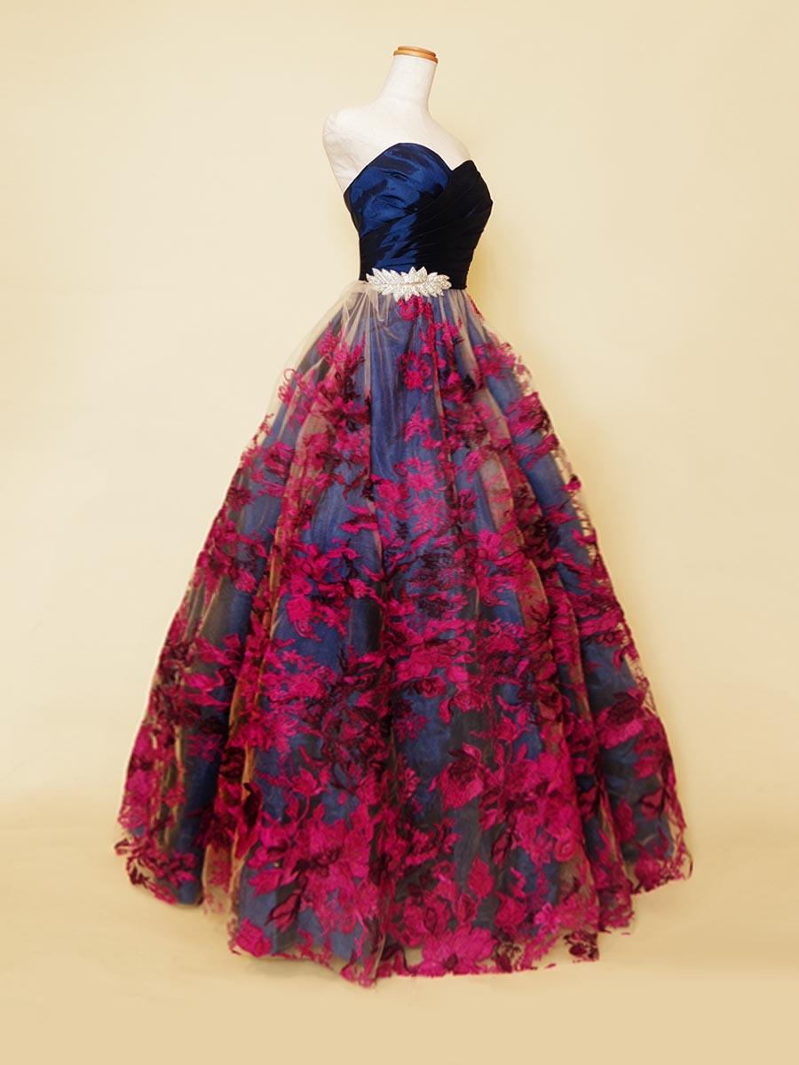 ネイビーカラー×パープル花柄刺繍のプリンセスラインステージロングドレス