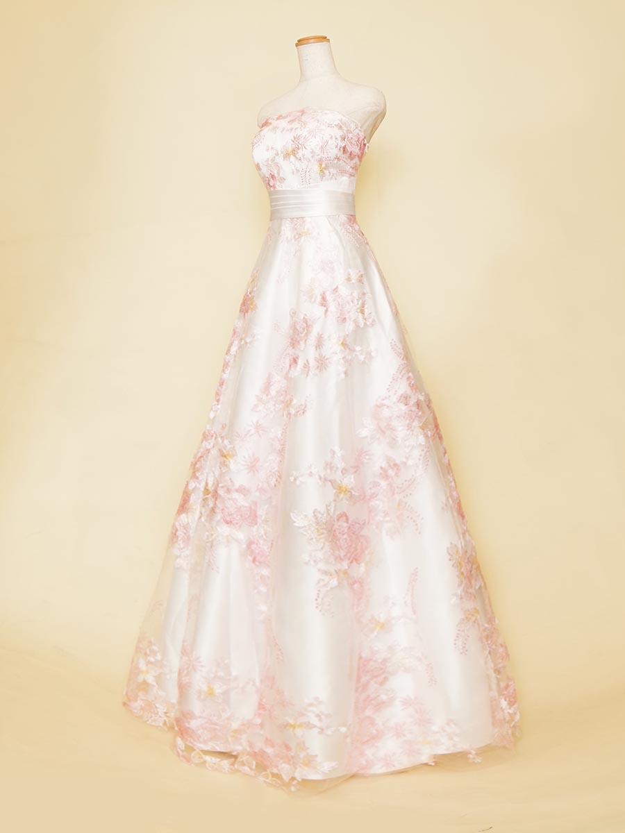 爽やかソフトピンクカラーのフラワーレースがガーリーなイメージを表現したお姫様風演奏会Aラインドレス