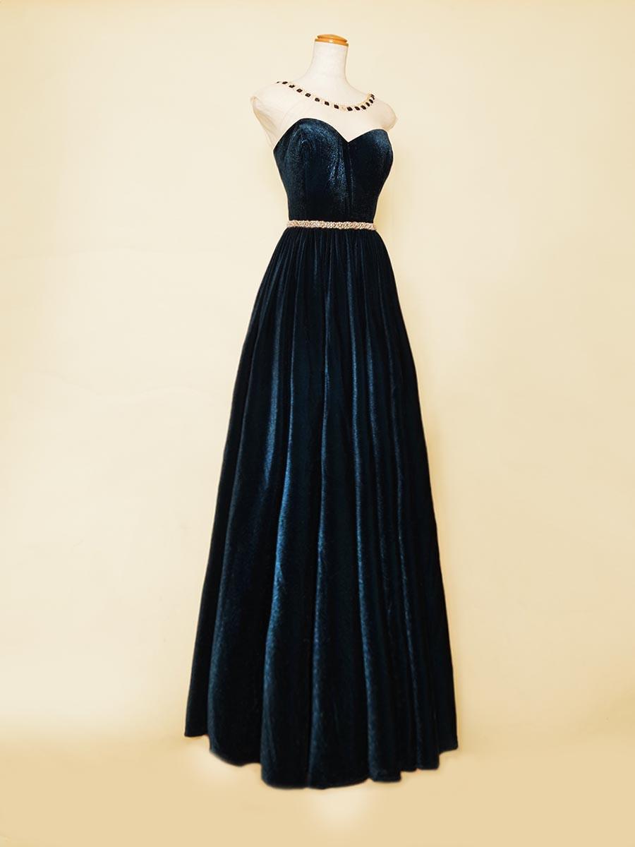 ネイビーブルーのベロアとキラキラとしたビジューの組み合わせがジュエリーのように煌びやかなベロアドレス
