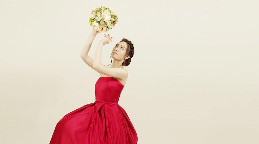 定番演奏会ドレスデザインのボックスプリーツドレスのご紹介