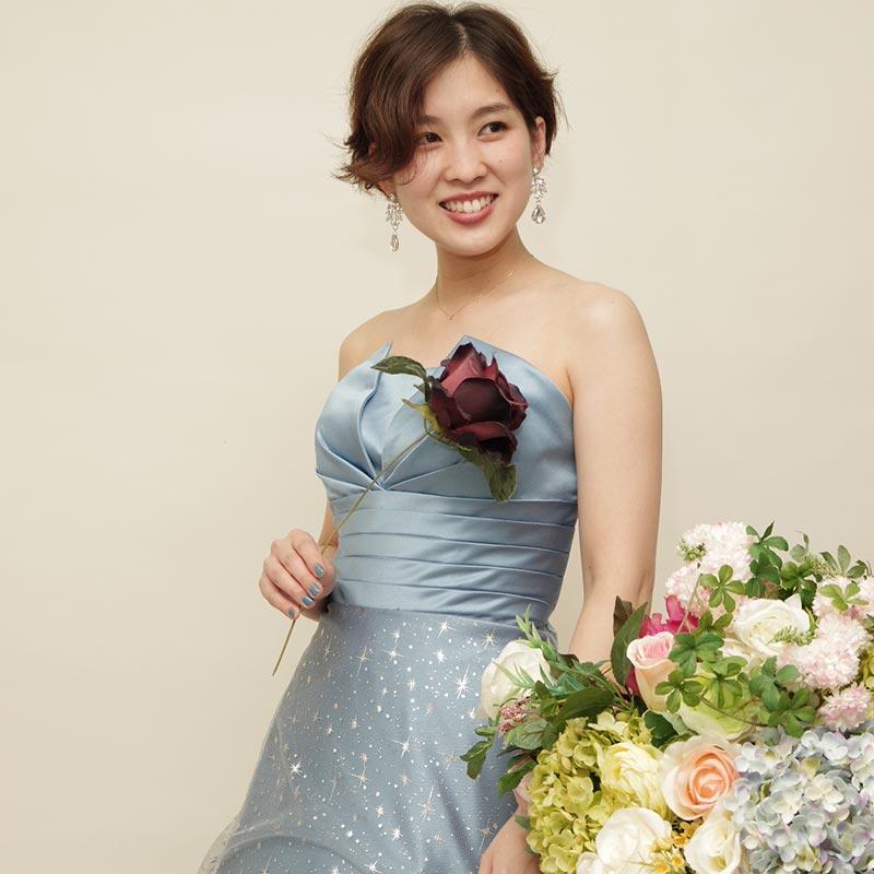 パステルカラーのドレスの魅力